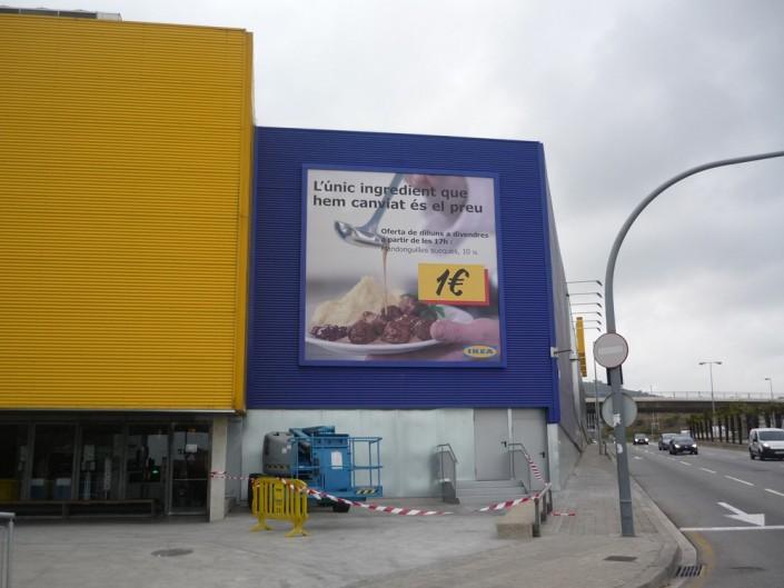 Lonas publicitarias IKEA Hospitalet | ICÓNICA | Expertos en rotulación en Vitoria-Gasteiz