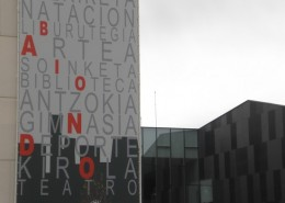 Lonas publicitarias Zikotz Vitoria-Gasteiz | ICÓNICA | Expertos en rotulación en Vitoria-Gasteiz