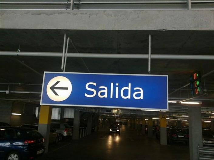 Señalética IKEA en Barakaldo | ICÓNICA | Rótulos en Vitoria-Gasteiz | Expertos en rotulación