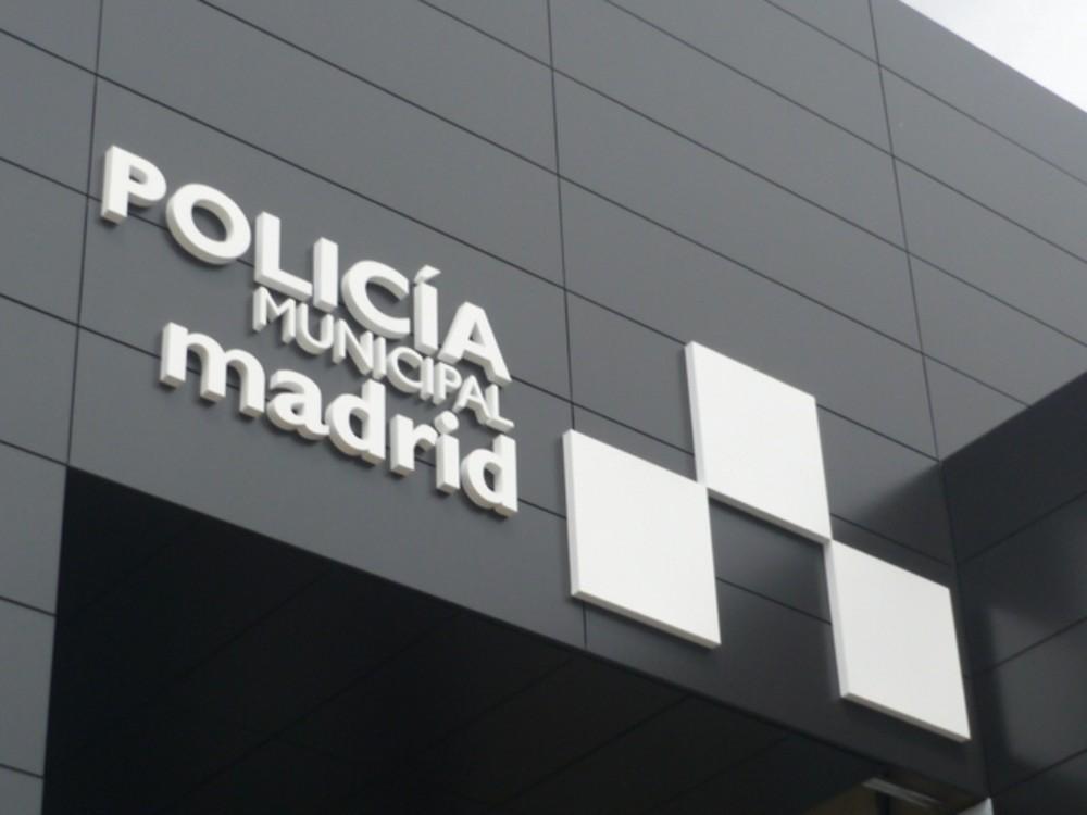 letras corporeas opacas policia municipal madrid 2