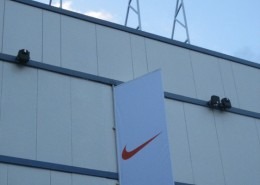 rotulos luminosos nike barakaldo