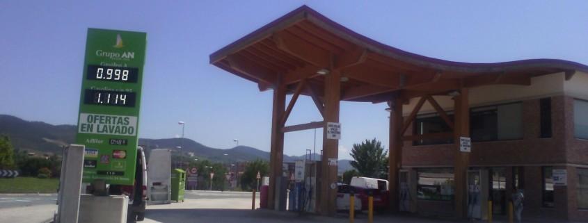Rótulos electrónicos de gasolinera | ICÓNICA | Expertos en rotulación
